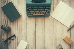 Writing-Journaling by Dustin Lee (Unsplash)
